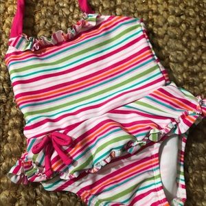 🔆🔆🔆SALE NWOT. Old Navy Swimsuit Size 0-3 Months
